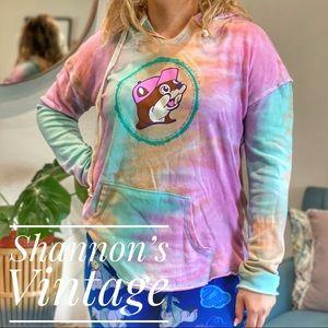 Bucees tie dye large light hoodie A44